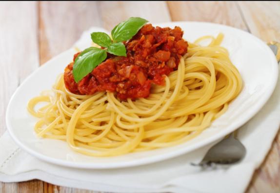 Сколько калорий в спагетти болоньезе