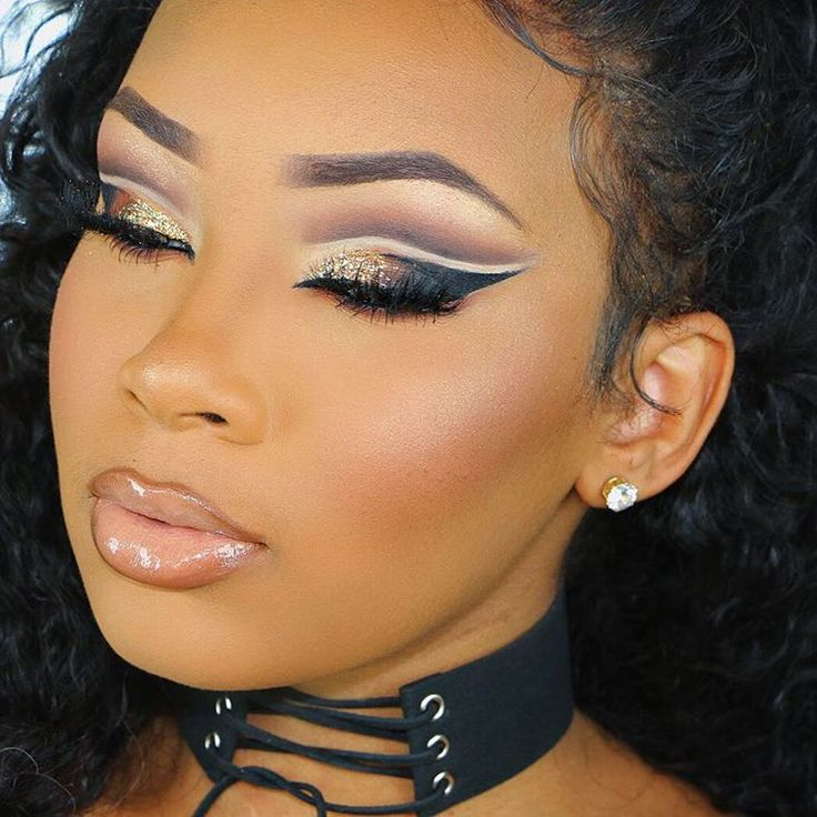 The Cut Eye Crease Is The New Eye Shadow Craze! Learn How To Do It In 4 Minutes