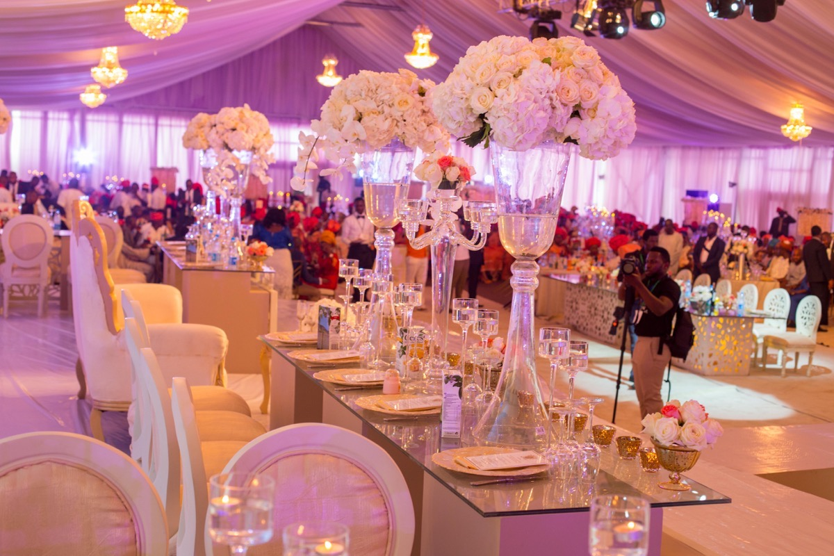 Tips for picking the perfect wedding decor fabwoman junglespirit Image collections