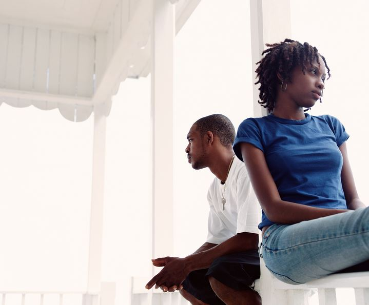 7 Delicate Indicators Your Associate May Be Falling Out Of Love With You couple black nigeria relationship2