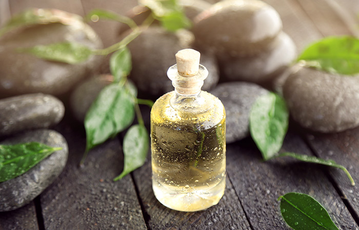 7 do-it-yourself cures sure to relieve you of tooth associated issues 7 Do-it-yourself Cures Sure To Relieve You Of Tooth Associated Issues Tea Tree Oil For Cavities