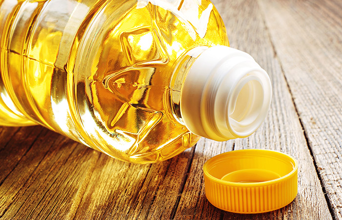7 do-it-yourself cures sure to relieve you of tooth associated issues 7 Do-it-yourself Cures Sure To Relieve You Of Tooth Associated Issues Vegetable Oil For Cavities