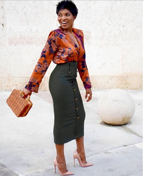 10 Outfit Inspiration For Fashionable Ladies Who Don't Put on Trousers stylet4