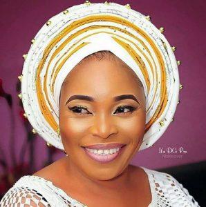 Tope Alabi Biography |Profile |FabWoman Tope Alabi 3 298x300