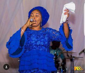 Tope Alabi Biography |Profile |FabWoman Tope Alabi 5 300x258