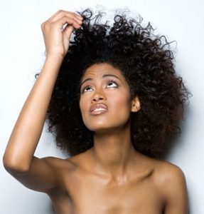 Keep Your Hair In Good Shape During Harmattan With These 7 Simple Tips