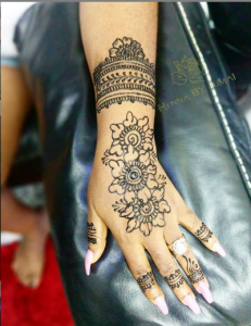 5 Artists You Can Trust For Your Henna Designs
