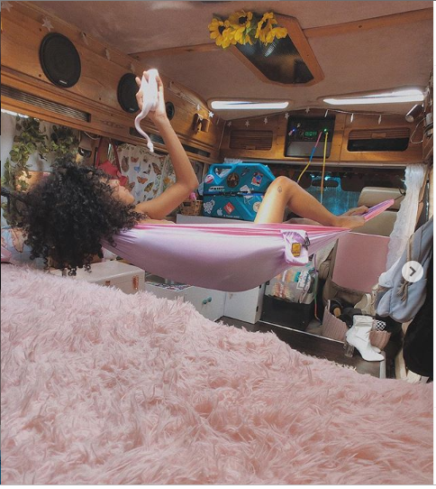 Jennelle Eliana Girl Who Lives In A Van Photos Fabwoman