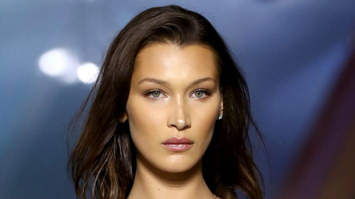 Super Model Bella Hadid Is The World's Most Beautiful Woman And This Greek Science Equation is Proof