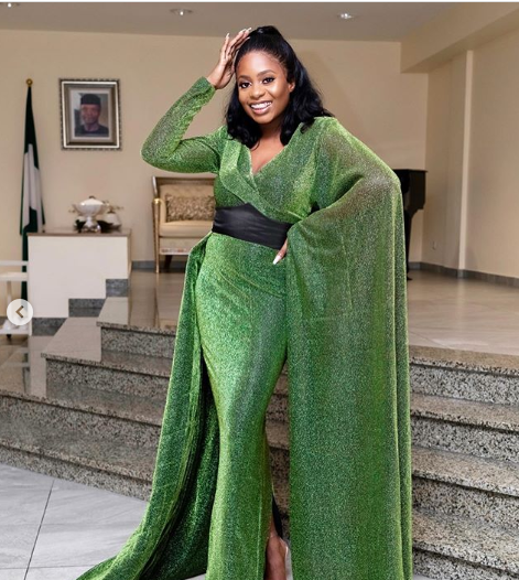 Check Out Kiki Osinbajo's Stunning Outfit To DJ Cuppy's Gold Gala Charity Event