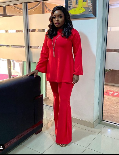 Bisola Aiyeola Crimson Outfits | Photographs bisola in red 7